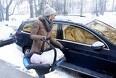 Undgå tykt vintertøj i autostolen