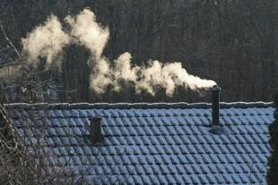 I dag strammes kravene til de nye brændeovne