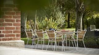 Havemøbler med vægt på magelighed