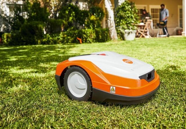 Ny generation af iMov robotplæneklippere