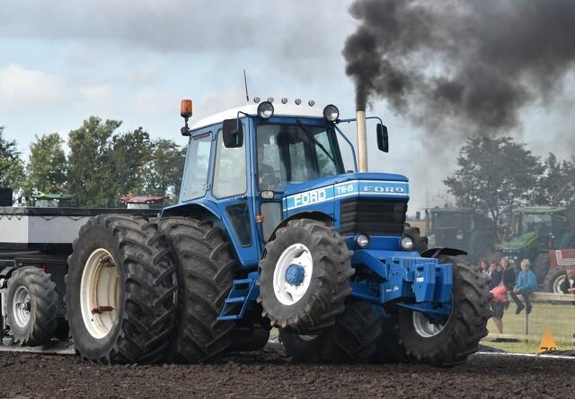 80 traktorer i kamp