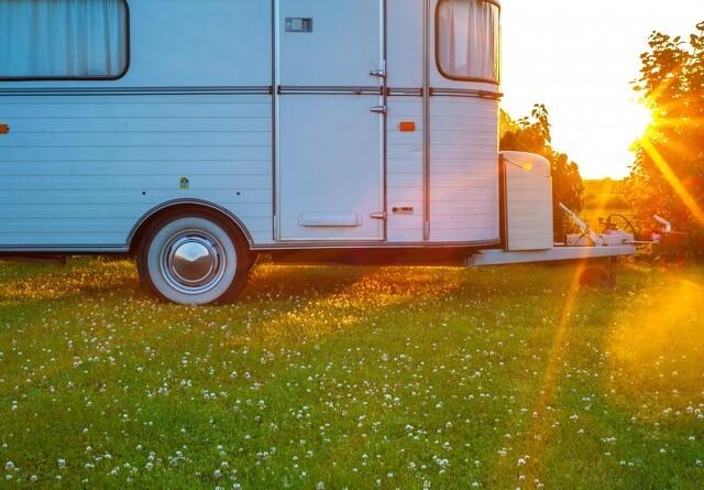 Krav om campingpas og fast pris var ulovligt