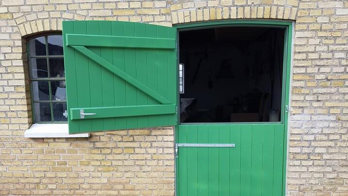 Vestdøren 3