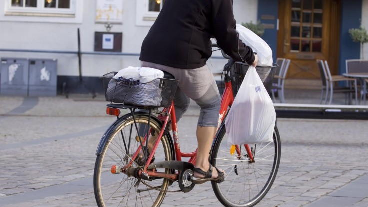 Slut med gratis bæreposer