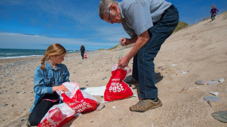 Nyt tiltag renser strandene