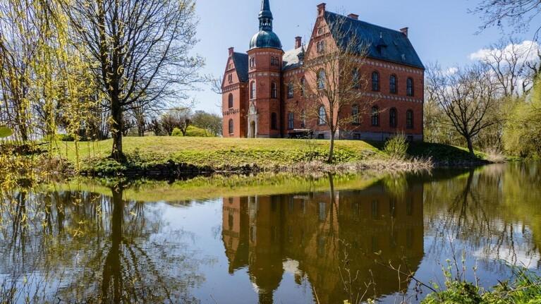 Dansk gods omdanner landbrug til vild natur