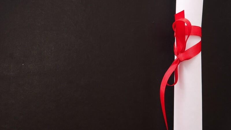 Danskerne glemmer gavekortene