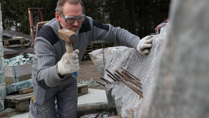 Granit-hobby blev til levevej for anlægsgartner