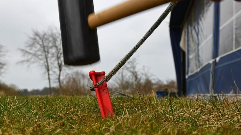 Staten sælger 17 campingpladser