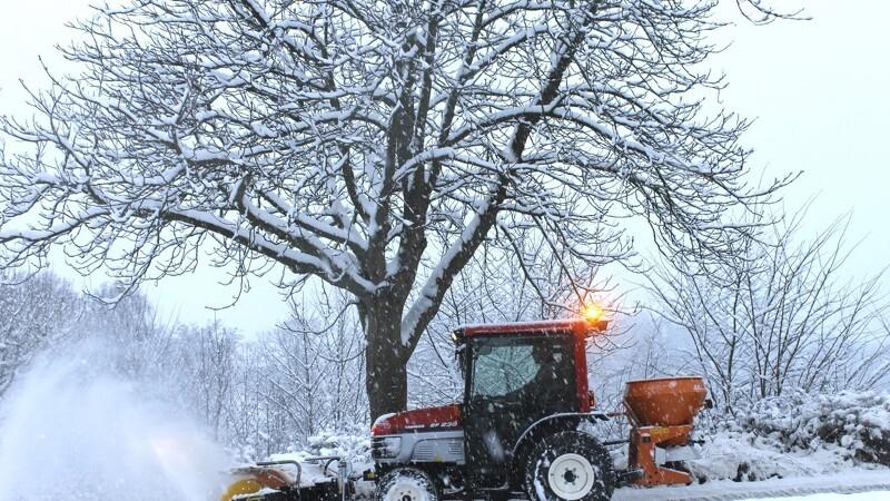 Små traktorer vinder frem til vinter