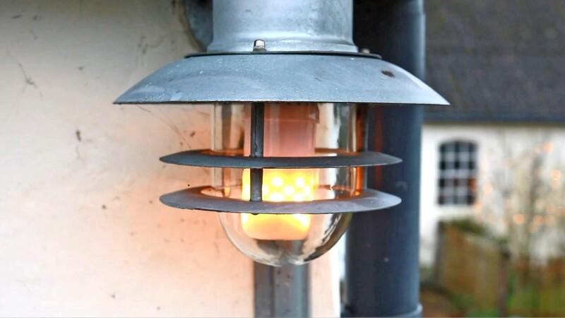 Tænd ild i LED-pæren