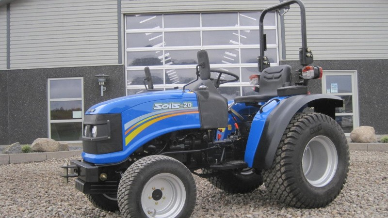 Effektiv mini-traktor til heste- og hobbyfolket